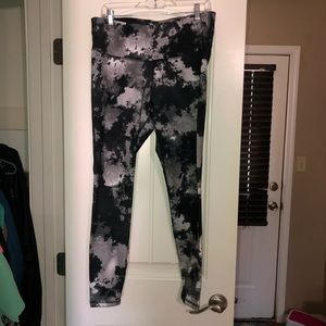Old Navy Active Go-Dry fitted leggings size XL